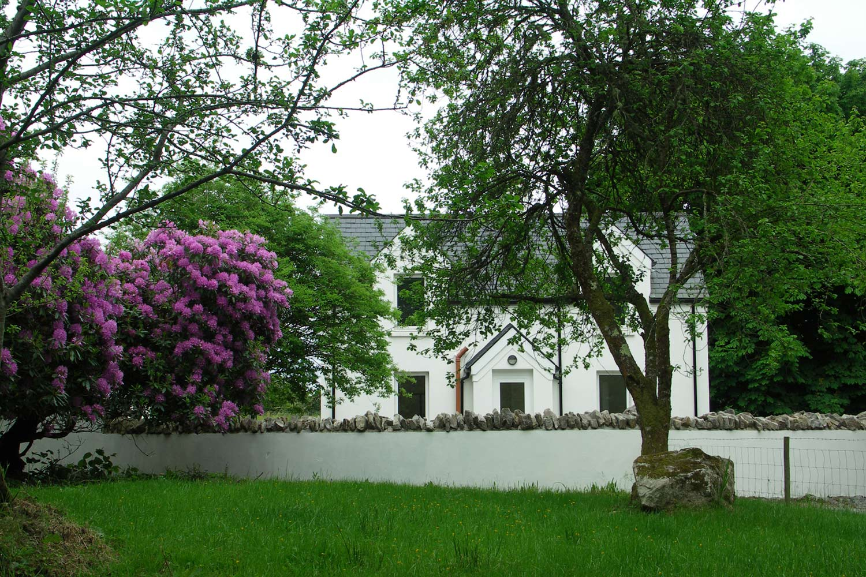 exterior of Alder Cottage in Dromahair
